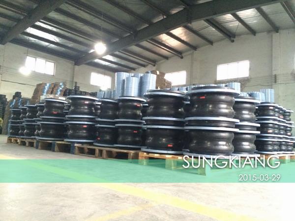 上海淞江减震器制造有限公司双球橡胶接头厂家